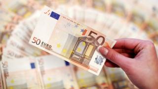 Ένα δισ. ευρώ σε ελληνικές επιχειρήσεις στο πλαίσιο του πακέτου Γιούνκερ