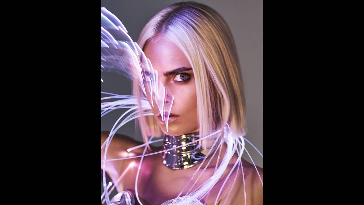https://cdn.cnngreece.gr/media/news/2017/09/06/96351/photos/snapshot/Cara-Delevingne-Sexy-GQ-UK-August-2017-Cover-Photoshoot03.jpg