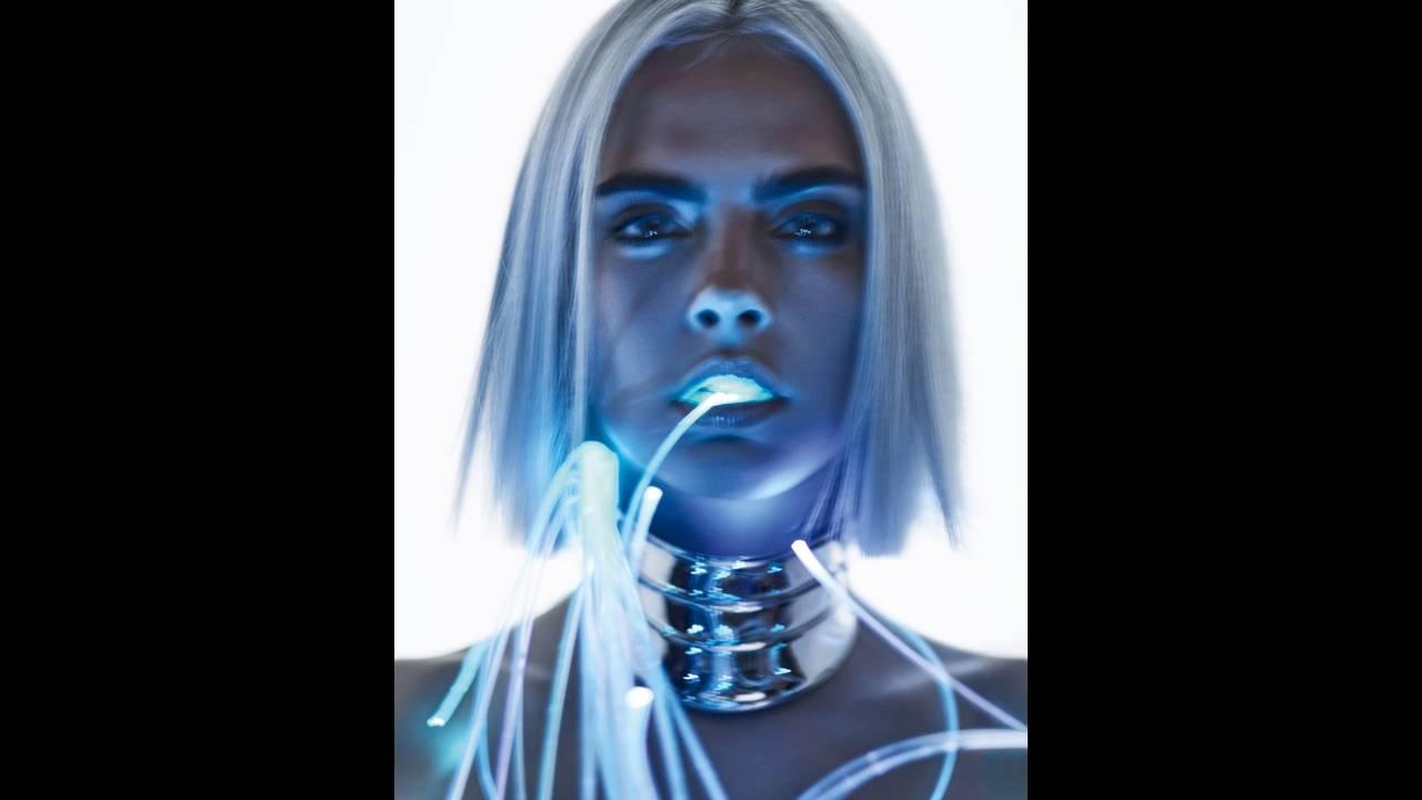 https://cdn.cnngreece.gr/media/news/2017/09/06/96351/photos/snapshot/Cara-Delevingne-Sexy-GQ-UK-August-2017-Cover-Photoshoot05.jpg
