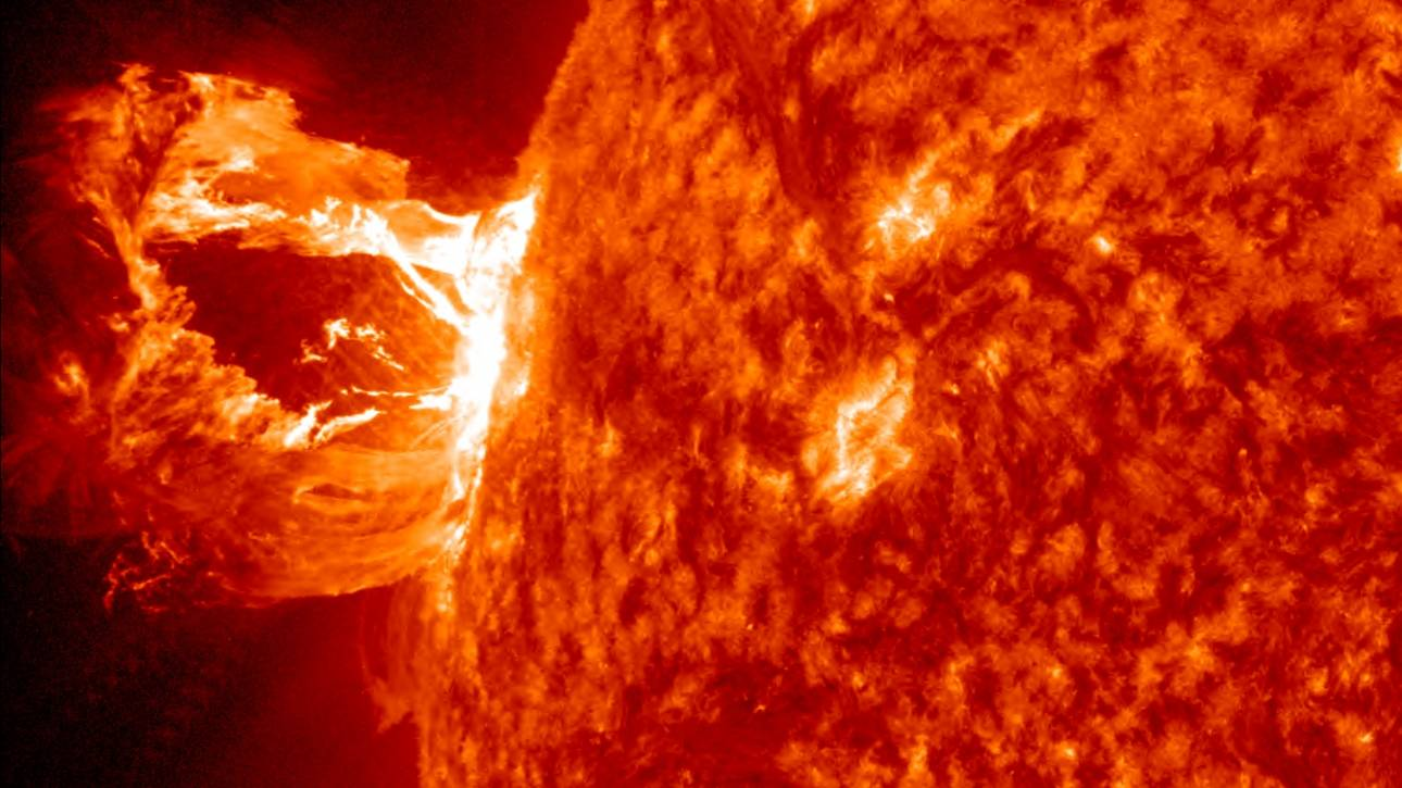 Η πιο ισχυρή ηλιακή έκλαμψη της τελευταίας 12ετίας (vid)