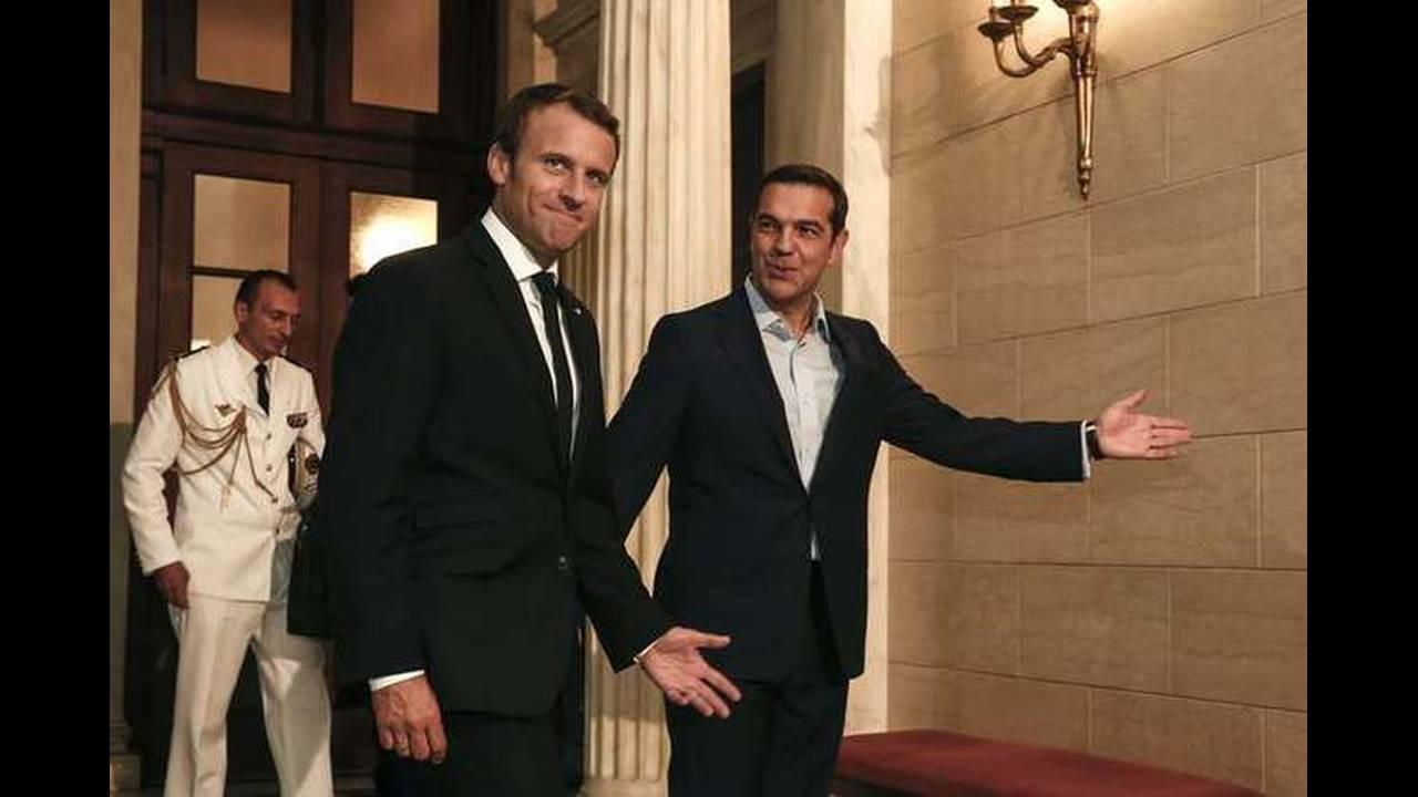 https://cdn.cnngreece.gr/media/news/2017/09/07/96457/photos/snapshot/macron-tsipras-6.jpg
