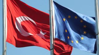 Τσελίκ: Απαράδεκτη η στάση των Βρυξελλών απέναντι στις ενταξιακές διαπραγματεύσεις της Άγκυρας