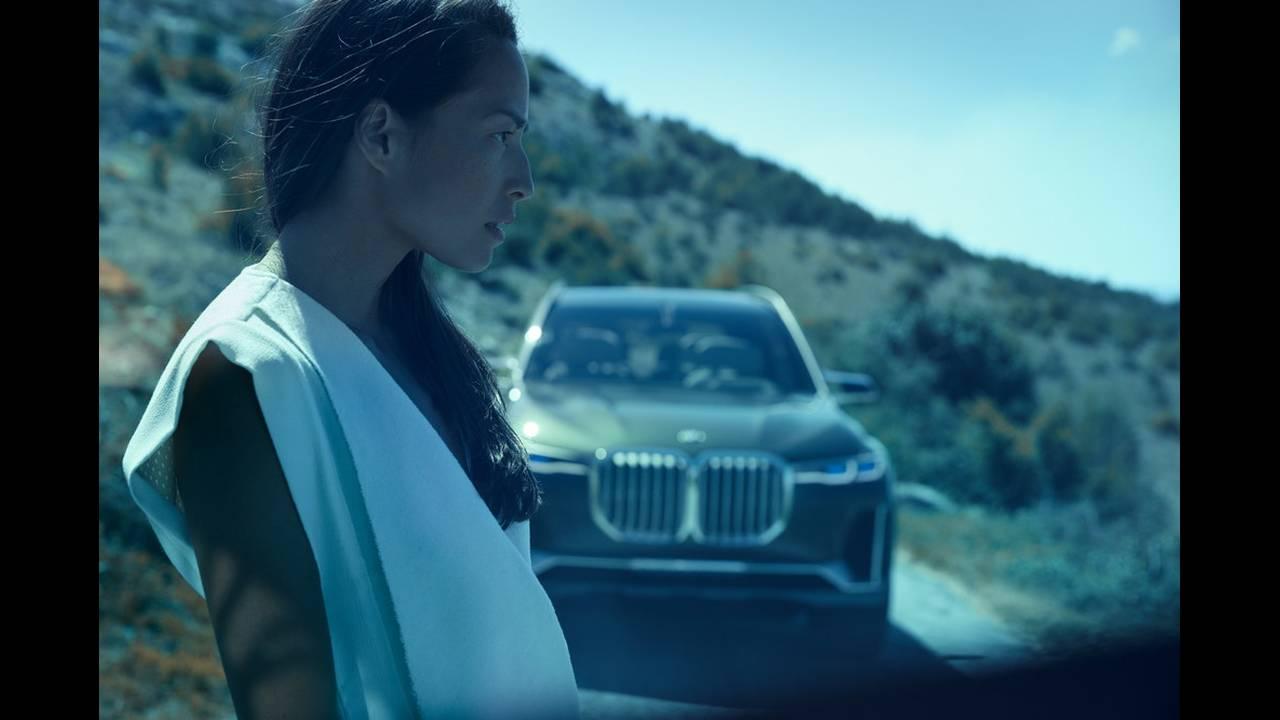 https://cdn.cnngreece.gr/media/news/2017/09/09/96703/photos/snapshot/BMW-X7-IPERFORMANCE-10.jpg