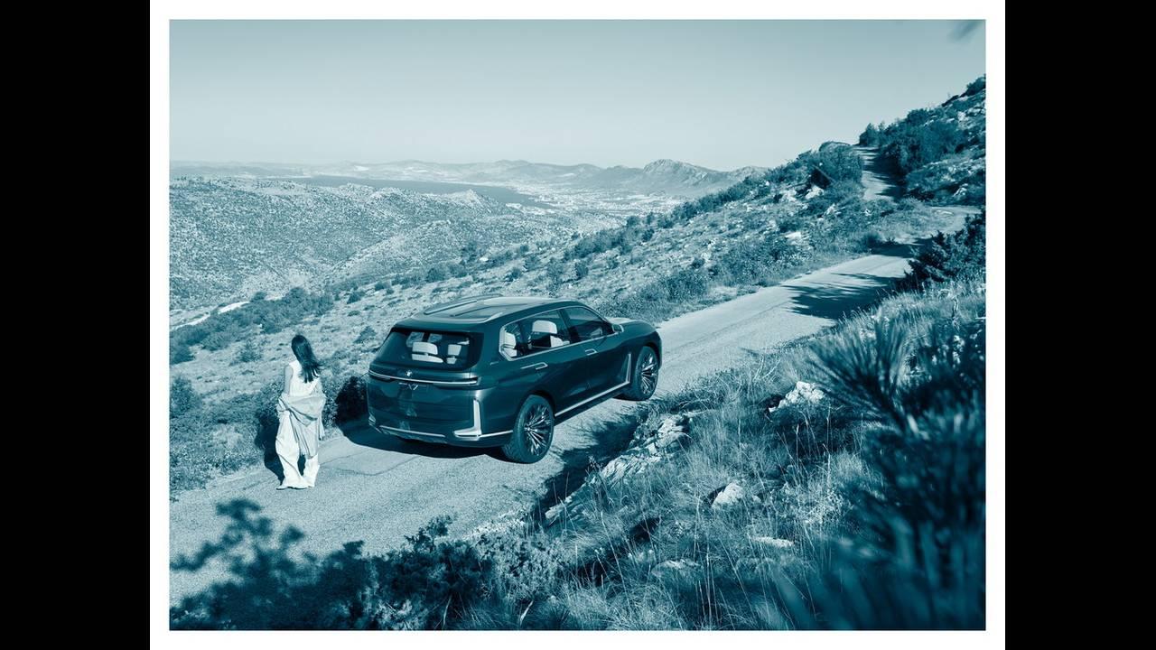 https://cdn.cnngreece.gr/media/news/2017/09/09/96703/photos/snapshot/BMW-X7-IPERFORMANCE-13.jpg