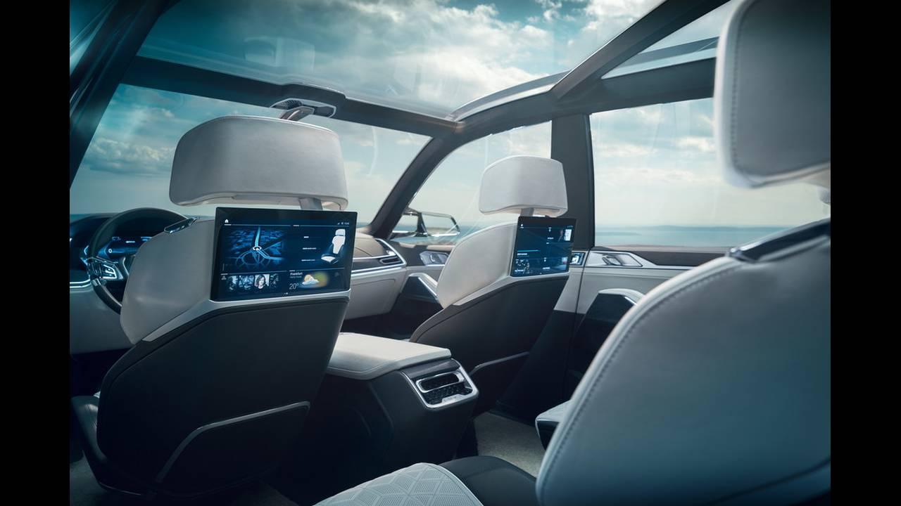 https://cdn.cnngreece.gr/media/news/2017/09/09/96703/photos/snapshot/BMW-X7-IPERFORMANCE-18.jpg