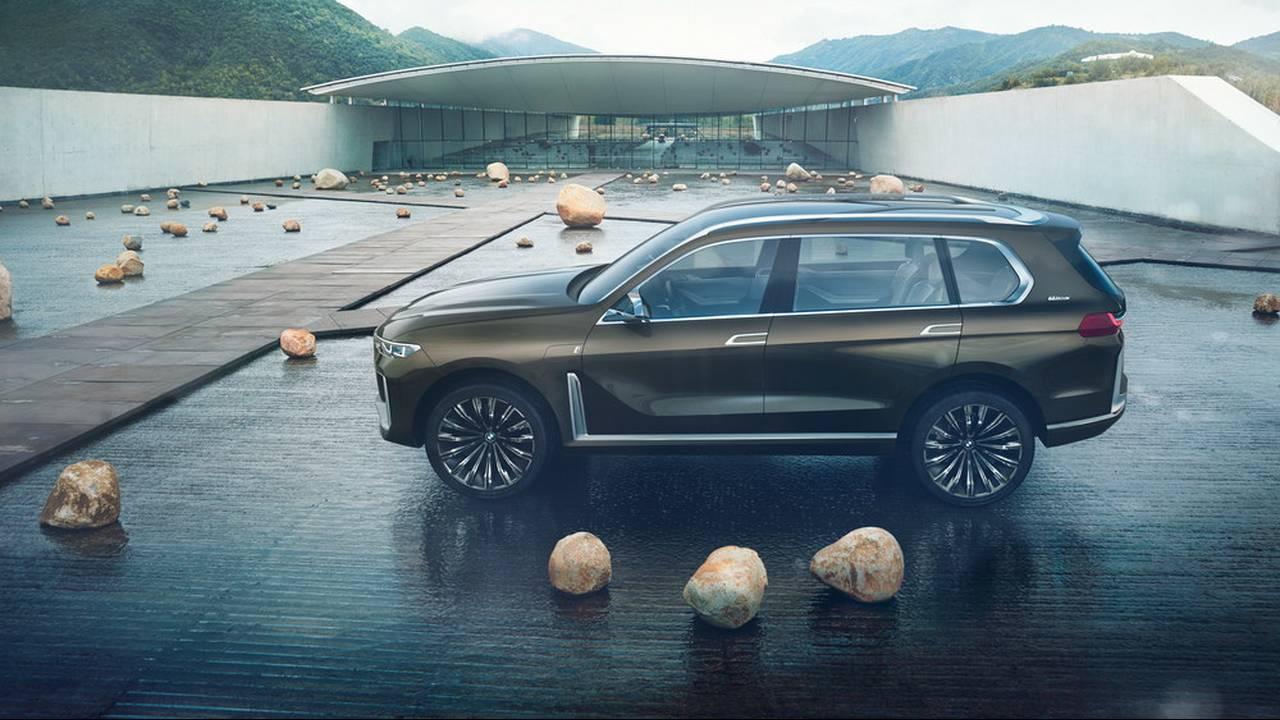 https://cdn.cnngreece.gr/media/news/2017/09/09/96703/photos/snapshot/BMW-X7-IPERFORMANCE-3.jpg