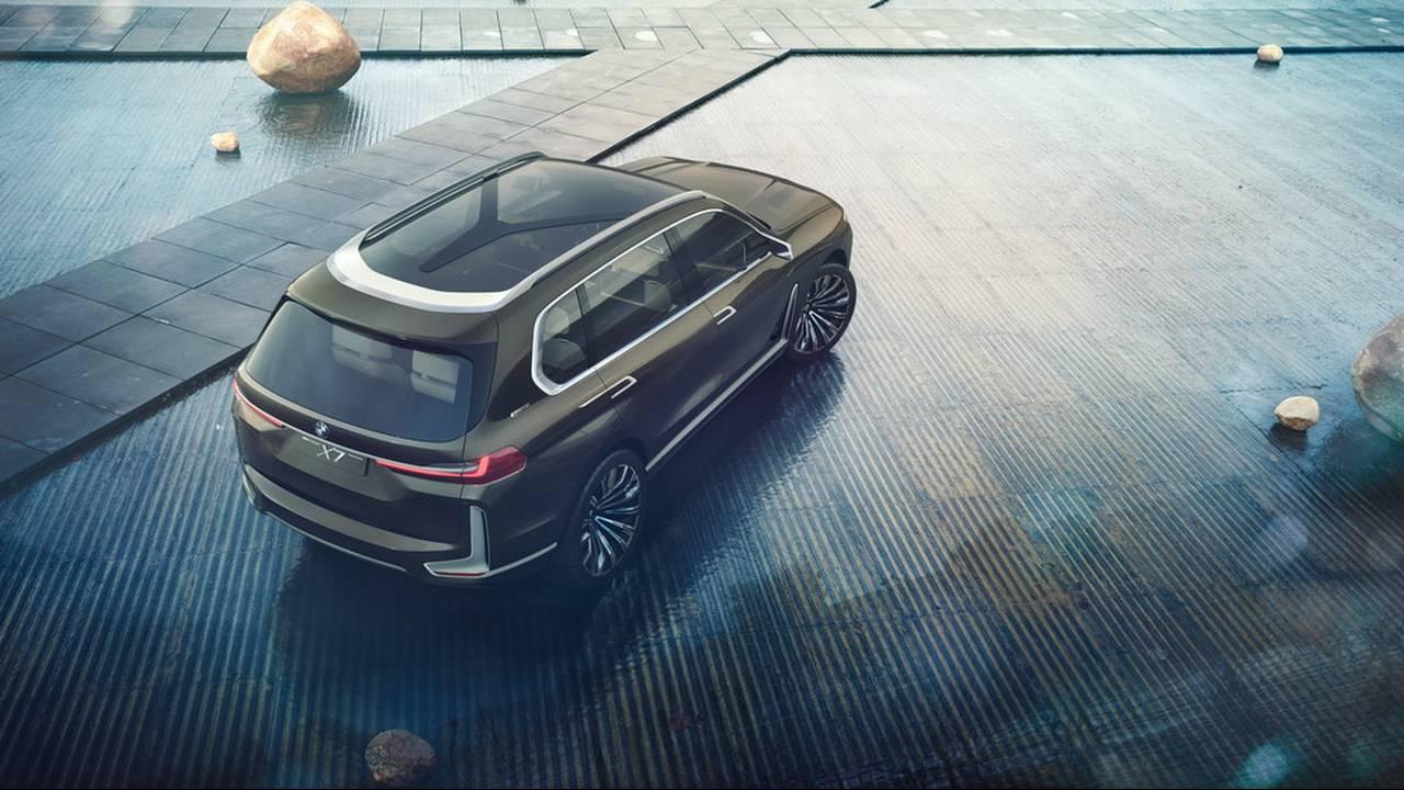 https://cdn.cnngreece.gr/media/news/2017/09/09/96703/photos/snapshot/BMW-X7-IPERFORMANCE-6.jpg