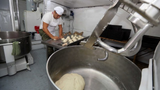 ΔΕΘ 2017: ο στρατός συμμετέχει στην Έκθεση με αρτοποιείο εκστρατείας και μοιράζει ...ψωμί (pics)