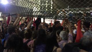 ΔΕΘ 2017: Διαδηλωτές εισέβαλαν στο συνεδριακό κέντρο – Συμπλοκές με τα ΜΑΤ (pics&vids)