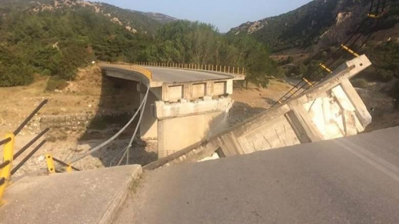 Κατάρρευση γέφυρας στην Ξάνθη (pics)