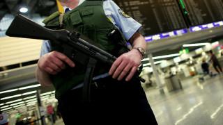 Συναγερμός στο αεροδρόμιο της Φρανκφούρτης: Τραυματισμός ατόμων από δακρυγόνα