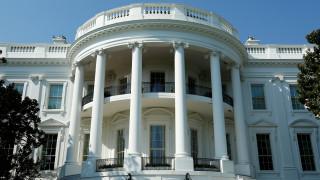 Μεγάλη κινητοποίηση στον Λευκό Οίκο έπειτα από εκτόξευση αντικειμένων