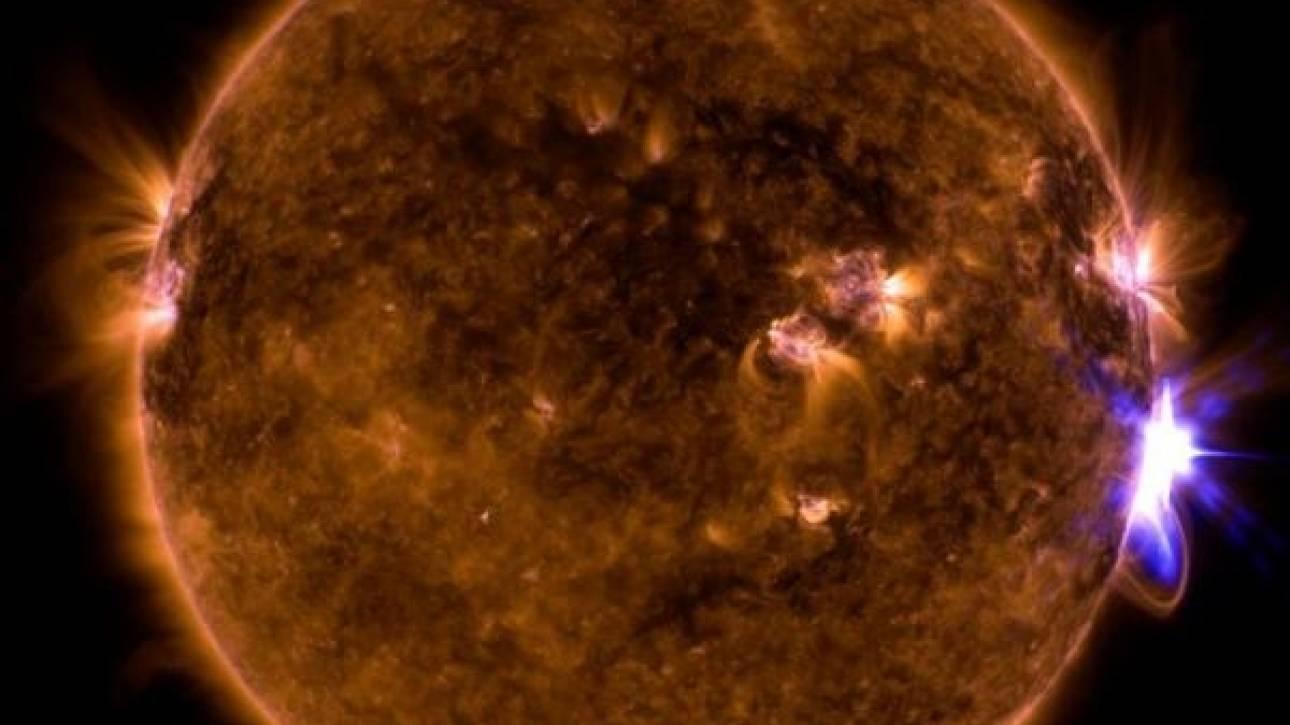 Έντονη ηλιακή δραστηριότητα με επτά ηλιακές εκλάμψεις σε μια εβδομάδα (vid)