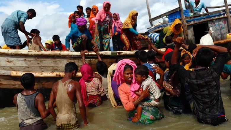 Περισσότεροι από 300.000 Ροχίνγκια εγκατέλειψαν τη Μιανμάρ