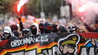 Επεισόδια στις μαζικές διαδηλώσεις κατά των εργασιακών μεταρρυθμίσεων στη Γαλλία (pics&vids)