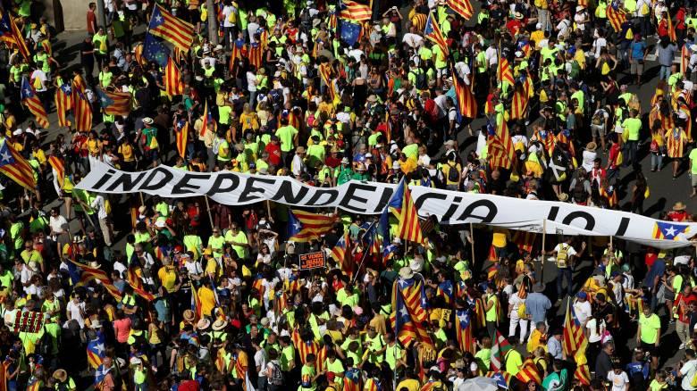 Δημοψήφισμα Καταλονία: Διώξεις, φόβητρα κι ένα έθνος έτοιμο να ανεξαρτητοποιηθεί