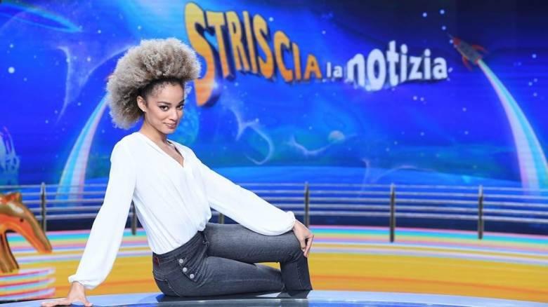 Ρατσιστική επίθεση σε μιγάδα καλλονή που συμμετείχε σε ιταλική εκπομπή