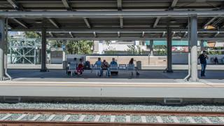 Μετ' εμποδίων η κίνηση των επιβατών και αύριο - Ποια μέσα απεργούν