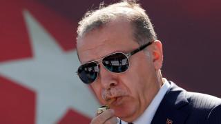 Ερντογάν: Δεν θέλω να μου στήνουν αγάλματα και προτομές