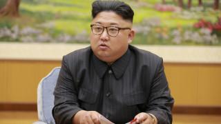 Μήνυμα συμπαράστασης του Κιμ Γιονγκ Ουν στον Ραούλ Κάστρο για τον τυφώνα Ίρμα