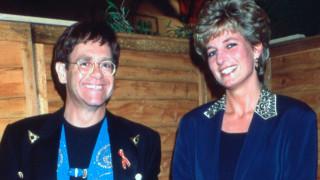 Μπιλ Κλίντον, Σάρον Στόουν & Αρίθα Φράνκλιν με τον Έλτον Τζον κατά του AIDS