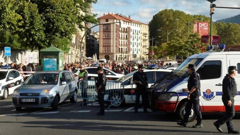 Βαρκελώνη: Περισσότερα από 100 κιλά εκρηκτικών σκόπευαν να χρησιμοποιήσουν οι τρομοκράτες