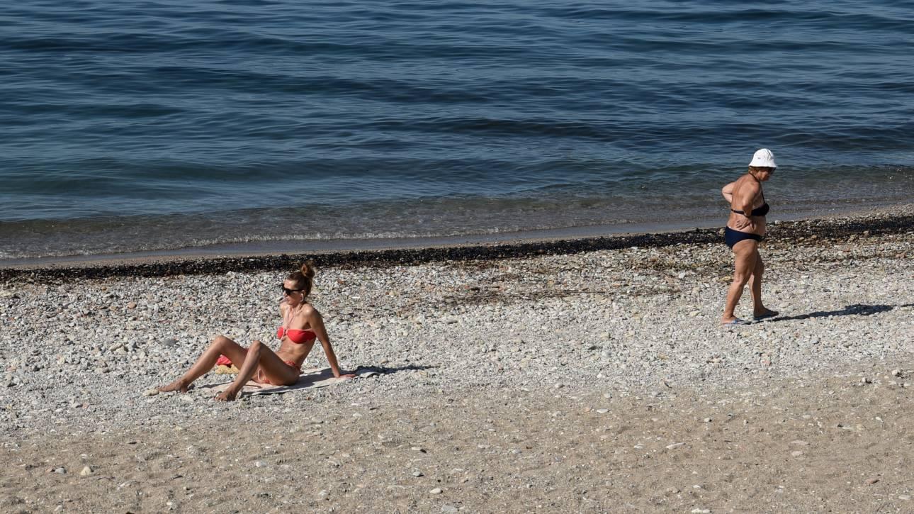 Απαγορεύεται το κολύμπι σε όλο το παραλιακό μέτωπο με Υπουργική Απόφαση