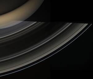 Η αποστολή επέτρεψε μια σειρά από επιστημονικές ανακαλύψεις, που εμπλούτισαν τις γνώσεις μας για τον Κρόνο και τα φεγγάρια του. Ήδη ο όγκος των δεδομένων του έχει επιτρέψει τη δημοσίευση σχεδόν 4.000 επιστημονικών εργασιών, ενώ πολλές ακόμη θα ακολουθήσου