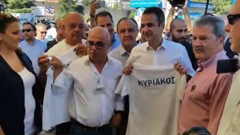 Η επίδειξη των κομάντο και το μπλουζάκι που εντυπωσίασαν τον Μητσοτάκη (vids)