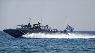 Συναγερμός στο λιμενικό για πλοιάριο με πρόσφυγες που εντοπίστηκε στη Γαύδο