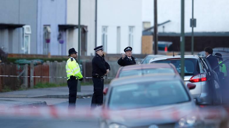 Λονδίνο: Οι Αρχές συνεχίζουν τις έρευνες για τον εντοπισμό πιθανών δραστών