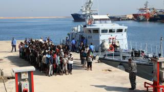 Πλοιάρια με πάνω από 1.000 μετανάστες αναχαίτισαν οι λιβυκές Αρχές