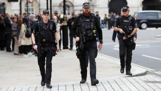 Υποβαθμίστηκε το επίπεδο συναγερμού για απειλή τρομοκρατικής επίθεσης στην Βρετανία