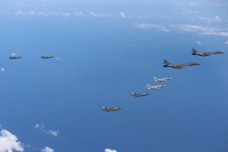 2017 08 31T101624Z 1951995290 RC13A0F9CC60 RTRMADP 3 NORTHKOREA MISSILES JAPAN DRILLS