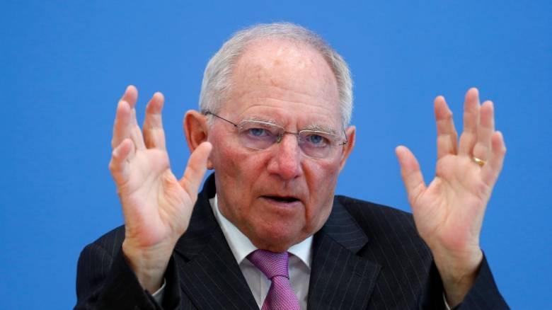 Ο γερμανικός Τύπος σχολιάζει τη θητεία του Σόιμπλε: Απείλησε με αδίστακτο τρόπο τους Έλληνες