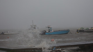 Ο κυκλώνας Μαρία ενισχύθηκε και πλήττει τη Δομίνικα