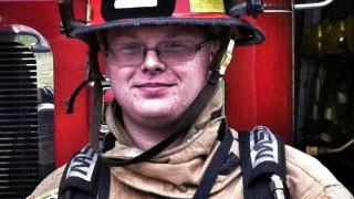 Σε διαθεσιμότητα πυροσβέστης που έγραψε: «Ένας σκύλος είναι σημαντικότερος από 1 εκατ. νέγρους»