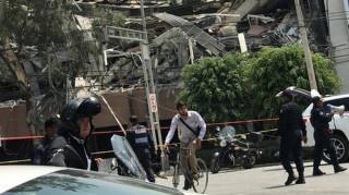 Ισχυρός σεισμός στο Μεξικό - Κατέρρευσαν κτίρια - Νεκροί και παγιδευμένοι