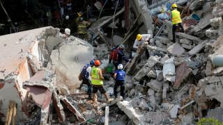Σεισμός Μεξικό: Βαρύς απολογισμός από τα 7,1 Ρίχτερ, αναζητούν επιζώντες στα συντρίμμια