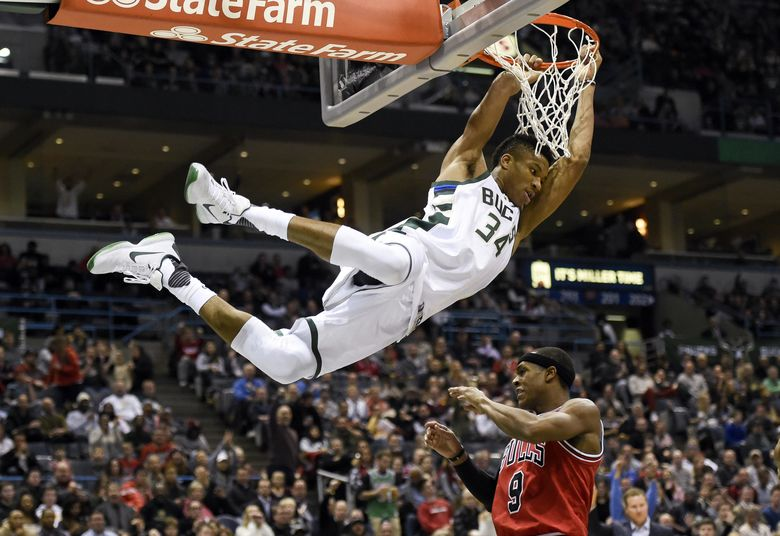 2016 12 16T034646Z 182747119 NOCID RTRMADP 3 NBA CHICAGO BULLS AT MILWAUKEE BUCKS