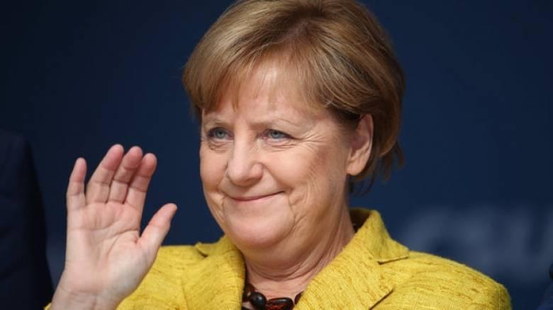 Η 3χρονη Μέρκελ... τρέλανε την Γερμανία (pic)
