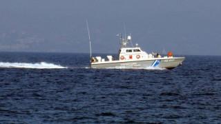 Μυτιλήνη: Σκάφη της τουρκικής ακτοφυλακής παρεμπόδισαν πλωτό του λιμενικού