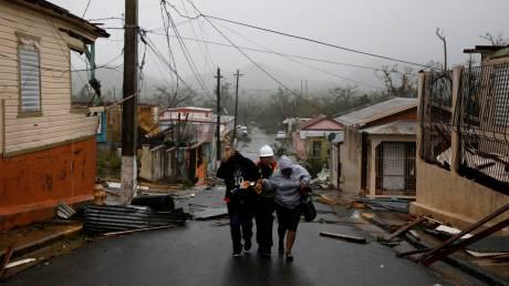 Νεκροί και βιβλικές καταστροφές από το πέρασμα του κυκλώνα Μαρία (pics&vids)