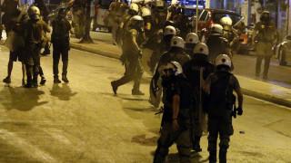 Επεισόδια σε αντιφασιστική διαδήλωση στο Πέραμα
