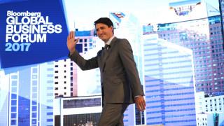 Ο Τζάστιν Τριντό και οι κάλτσες του που έγιναν ξανά viral