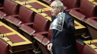 Παναγούλης κατά Τόσκα για τα πολιτικά του φρονήματα