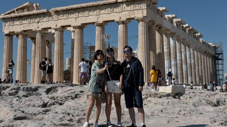 Θετικό πρόσημο για τον τουρισμό Ιανουαρίου-Ιουλίου, πάνω από 13 εκατομμύρια οι επισκέπτες