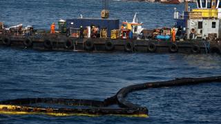 Aντιπεριφερειάρχης Πειραιά για το ναυάγιο: Άναρχη η λειτουργία των λιμενικών εγκαταστάσεων