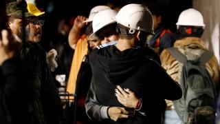 Το Μεξικό θρηνεί πάνω από 230 θύματα - Μεγάλη προσπάθεια συγκέντρωσης χρημάτων