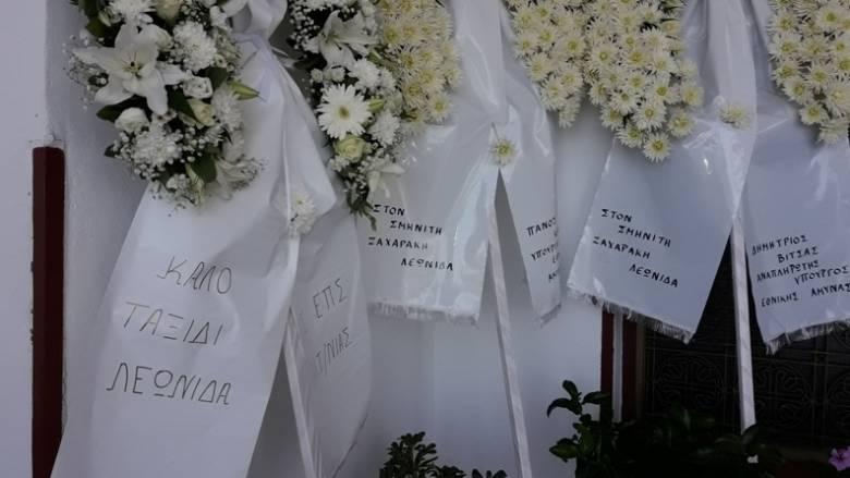 Το τελευταίο αντίο στους δύο σμηνίτες που σκοτώθηκαν σε τροχαίο